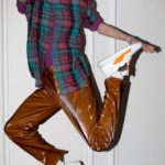 Cuatro ejemplos de ropa cómoda con un toque de riesgo